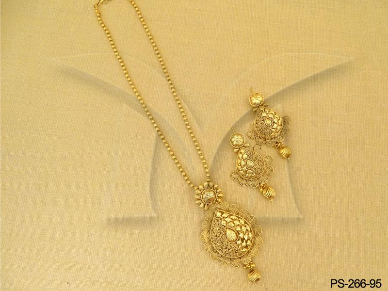 Antique Pendant Sets Gold Fancy Designe Crafted Antique Pendant Set Antique Jewelry Designer Gold Plated Jewellery Imitation Jewellery